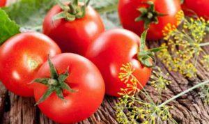 Bí quyết trị tàn nhang bằng cà chua