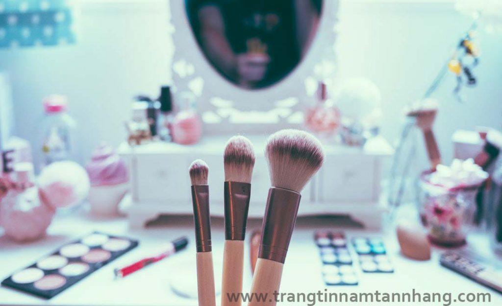 cách chữa tàn nhang trên mặt bằng cách chăm sóc da
