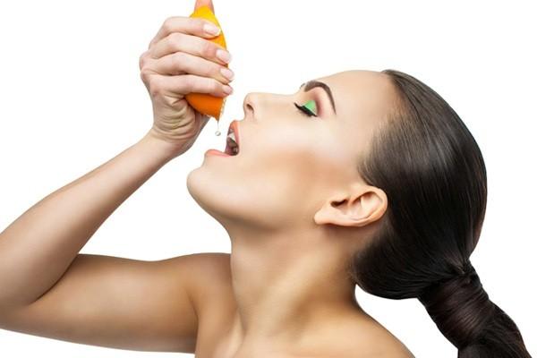 kham-pha-6-cong-dung-cua-vitamin-c-doi-voi-da-mat1