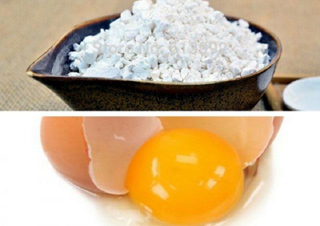bột sắn dây và lòng đỏ trứng trị nám da