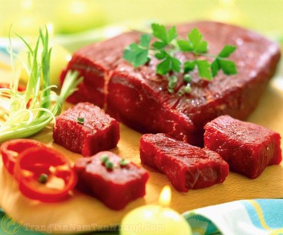 nám da nên kiêng ăn gì - thịt bò