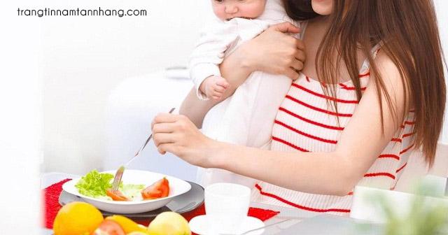 Cách trị nám sau sinh bằng sữa mẹ